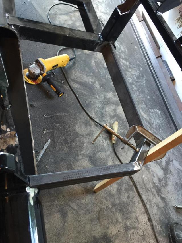 floor weld.jpg